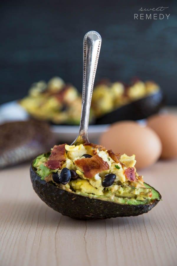 Avocado + Hummus Breakfast Bowls | Recipe from Sweet-Remedy.com