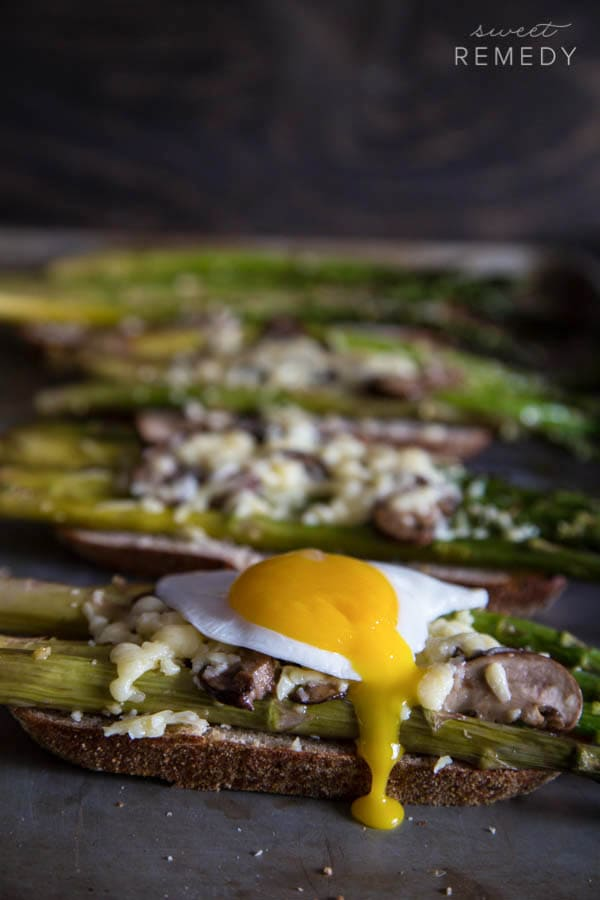 Asparagus and Mushroom Toast | Sweet-Remedy.com